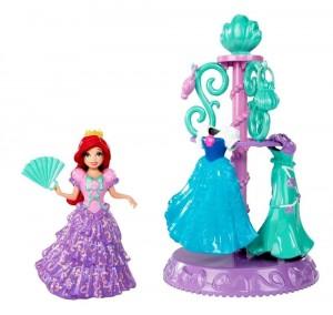 Ariel con vestidos y accesorios Magiclip Fashion Collection