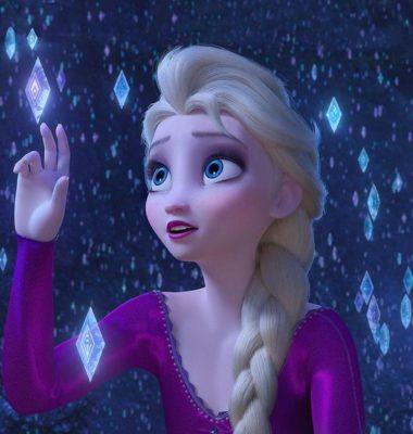 Elsa: Canción Frozen Sueltalo versus Frozen 2 Mucho más allá